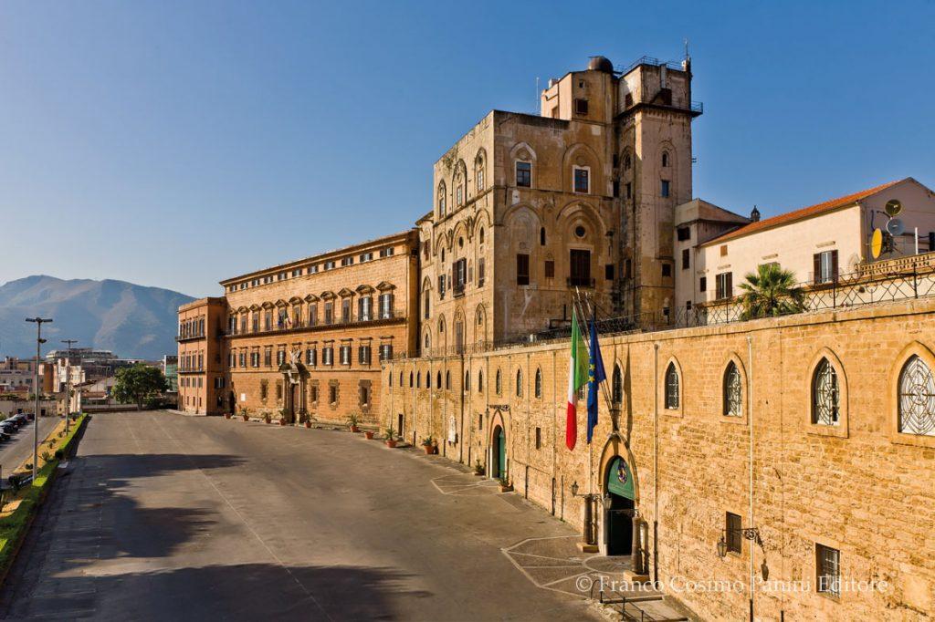Palazzo dei Normanni esterno